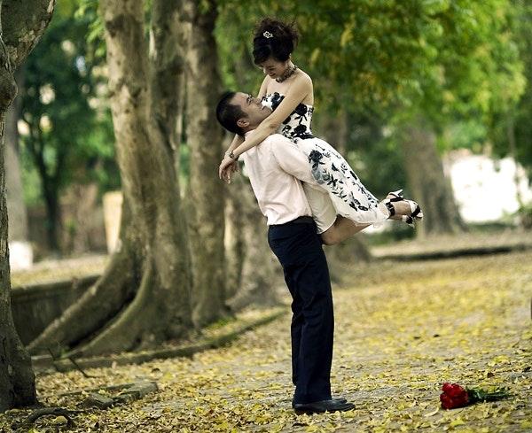 Happy couple. By Bùi Linh Ngân (Creative Commons)