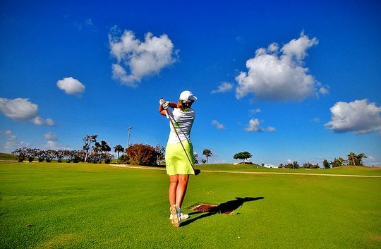 Golfing by Fevi in Pictures (Flickr)