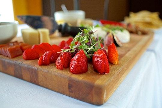 A tasting platter. By Allagash Brewing (Flickr)