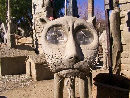 Owl House (Wikipedia)
