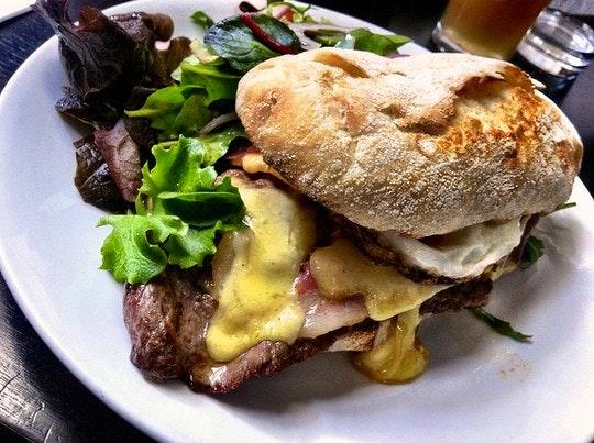 Steak sandwich prego roll. By Katherine Lim (Flickr)