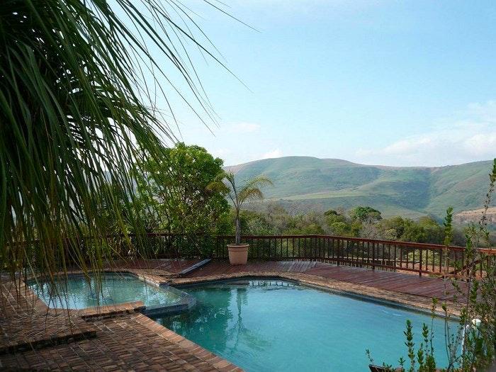 Acra-Retreat Mountain View Lodge (C) TravelGround